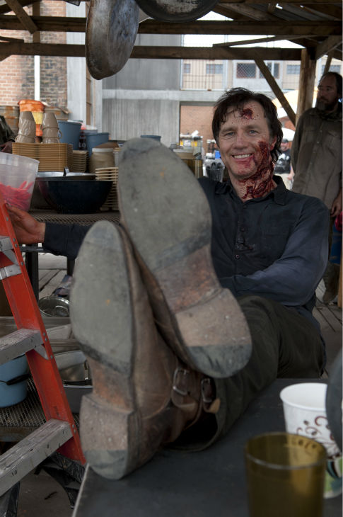 "<div class=""meta ""><span class=""caption-text "">David Morrissey (The Governor) appears on the set of AMC's 'The Walking Dead's season 4 midseason finale, which aired on Dec. 1, 2013. (Gene Page / AMC)</span></div>"