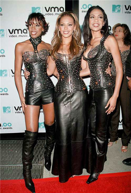 Destiny&#39;s Child members Kelly Rowland, Beyonce and Michelle Williams appear at the 2000 MTV Video Music Awards 2000 at Radio City Music Hall in New York on Sept. 7, 2000. <span class=meta>(Startraksphoto.com)</span>