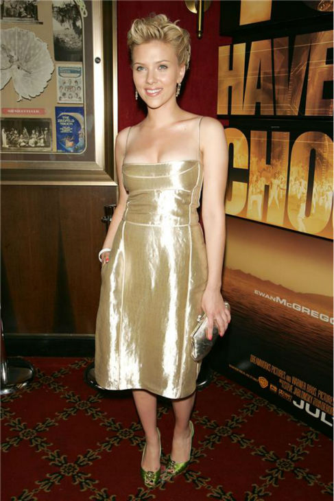 Scarlett Johansson attends the premiere of &#39;The Island&#39; in New York on July 7, 2005. <span class=meta>(Dave Allocca &#47; Startraksphoto.com)</span>