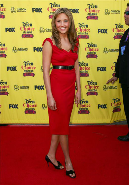 Amanda Bynes atrends FOX's Teen Choice Awards in Universal City, California on Aug. 14, 2005.