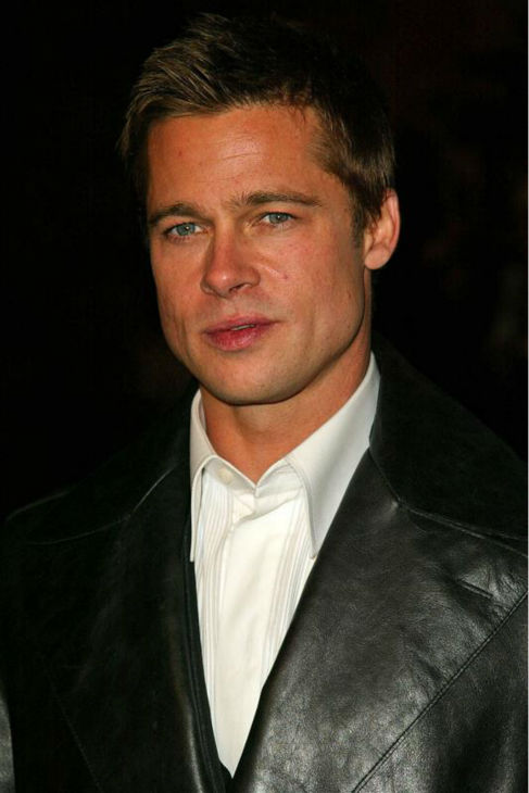 Brad Pitt attends the premiere of 'Ocean's Twelve' in Hollywood, California on Dec. 8, 2004.