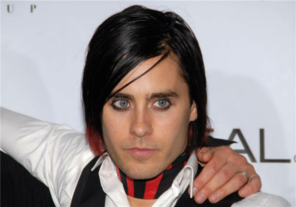The &#39;Red-and-Black-Striped-Look&#39; stare: Jared Leto attends the Fashion Rocks! live concert at Radio City Music Hall in New York on Sept. 7, 2006. <span class=meta>(Paul Hawthorne &#47; Startraksphoto.com)</span>