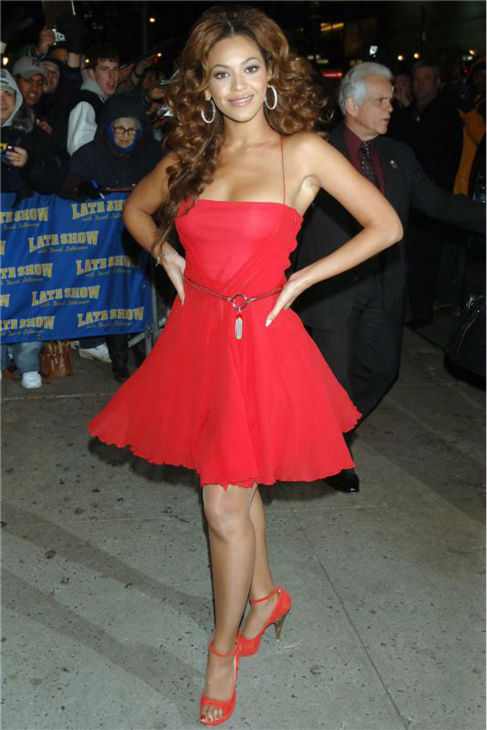 "<div class=""meta ""><span class=""caption-text "">Beyonce arrives for a taping of 'The Late Show with David Letterman' in New York on Dec. 19, 2006. (Humberto Carreno / Startraksphoto.com)</span></div>"