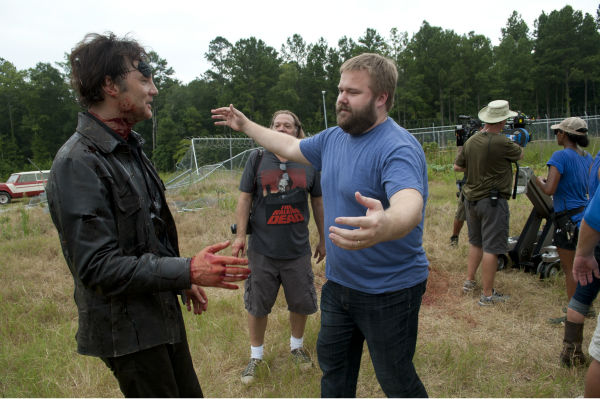 David Morrissey &#40;The Governor&#41; and &#39;Walking Dead&#39; creator Robert Kirkman appear on the set of AMC&#39;s &#39;The Walking Dead&#39;s season 4 midseason finale, which aired on Dec. 1, 2013. <span class=meta>(Gene Page &#47; AMC)</span>