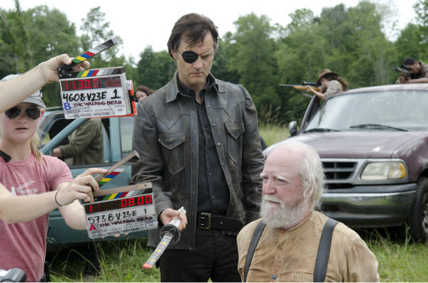 "<div class=""meta ""><span class=""caption-text "">David Morrissey (The Governor) and Scott Wilson (Hershel Greene) appear on the set of AMC's 'The Walking Dead's season 4 midseason finale, which aired on Dec. 1, 2013. (Gene Page / AMC)</span></div>"