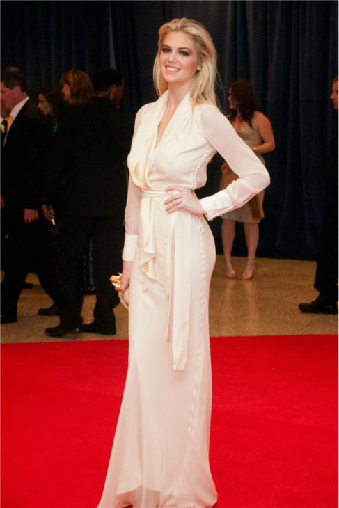 Kate Upton walks the red carpet at the 2012 White House Correspondents&#39; Association dinner in Washington, D.C. on April 28, 2012. <span class=meta>(Stephen Boitano &#47; Startraksphoto.com)</span>