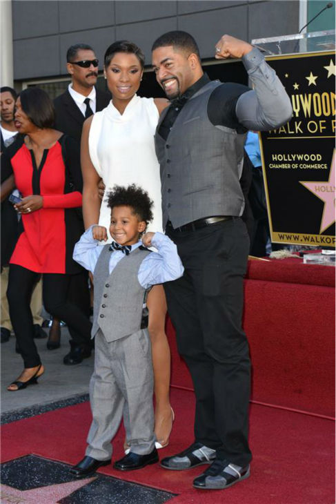 Jennifer Hudson poses with her fiance, WWE wrestler David Otunga, and their 4-year-old son, David Daniel Otunga, Jr., after near her new star on the Hollywood Walk of Fame on Nov. 13, 2013. <span class=meta>(Tony DiMaio &#47; Startraksphoto.com)</span>
