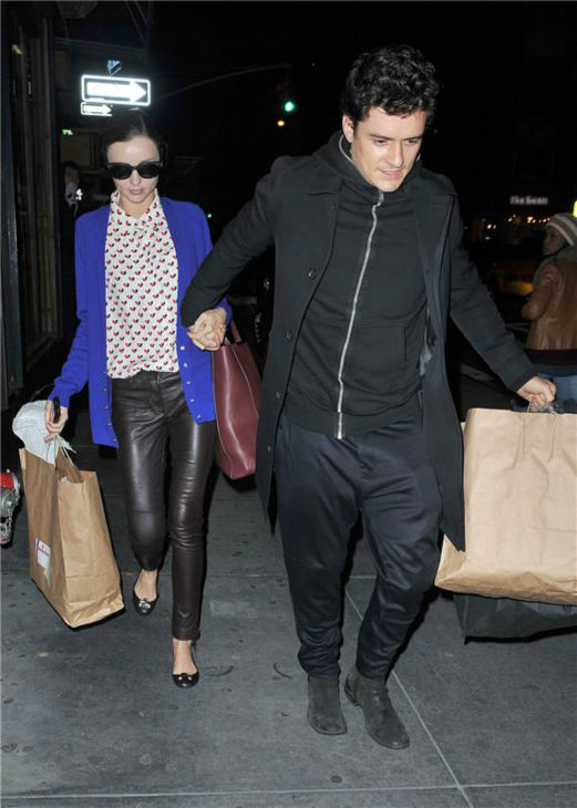 Miranda Kerr and Orlando Bloom run errands in New York on Halloween on Oct. 31, 2013. <span class=meta>(Humberto Carreno &#47; Startraksphoto.com)</span>