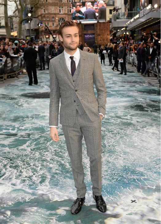 "<div class=""meta image-caption""><div class=""origin-logo origin-image ""><span></span></div><span class=""caption-text"">Douglas Booth appears at the 'Noah' London premiere on March 31, 2014. He plays Noah's son, Shem. (Dave J Hogan / Getty Images for Paramount Pictures International)</span></div>"