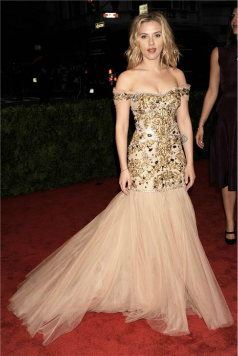 Scarlett Johansson attends the &#39;Schiaparelli And Prada: Impossible Conversations&#39; Costume Institute Gala at the Metropolitan Museum of Art in New York on May 7, 2012. <span class=meta>(Bill Davila &#47; Startraksphoto.com)</span>
