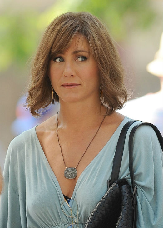 Jennifer Aniston wears a wig on the New York City set of the 2014 movie &#39;Squirrels To The Nuts&#39; on July 17, 2013. <span class=meta>(Photo&#47;Humberto Carreno)</span>