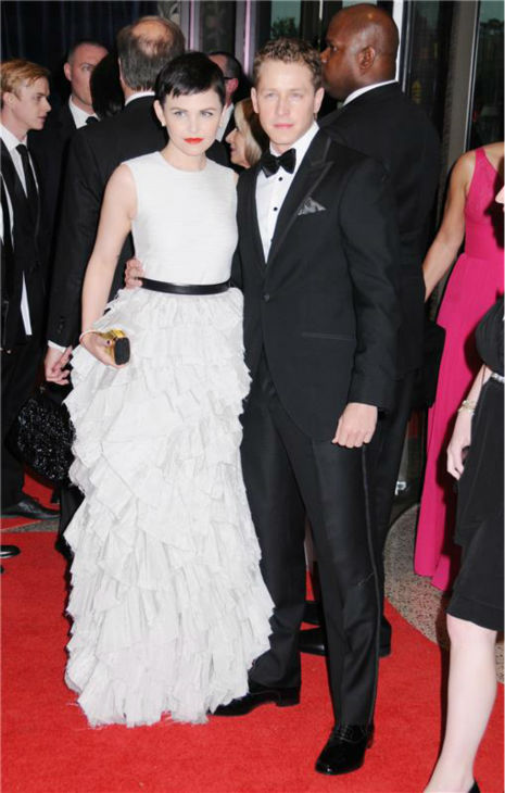 &#39;Once Upon A Time&#39; stars Ginnifer Goodwin and boyfriend Josh Dallas attend the 2012 White House Correspondents Association Dinner in Washington, D.C. on April 28, 2012. <span class=meta>(Marcus Owen &#47; Startraksphoto.com)</span>