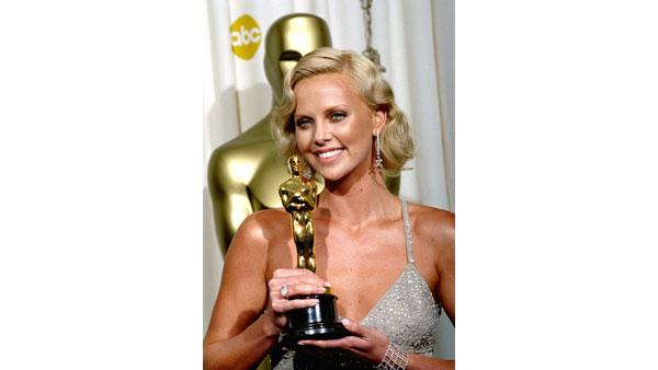 Best Leading Actress at 2004 Oscars: Charlize Theron for 'Monster'