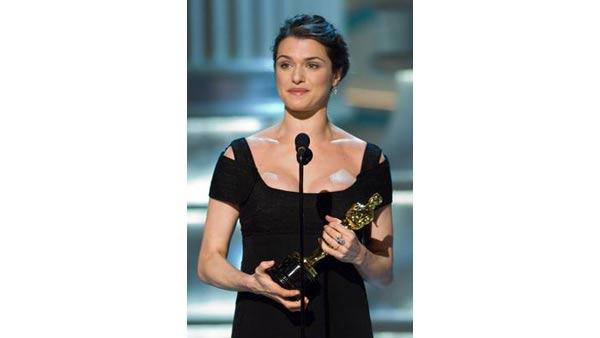 Academy Award winner for Best Supporting Actress Rachel Weisz during the 78th Annual Academy Awards at the Kodak Theatre in Hollywood, CA on Sunday, March 5, 2006.