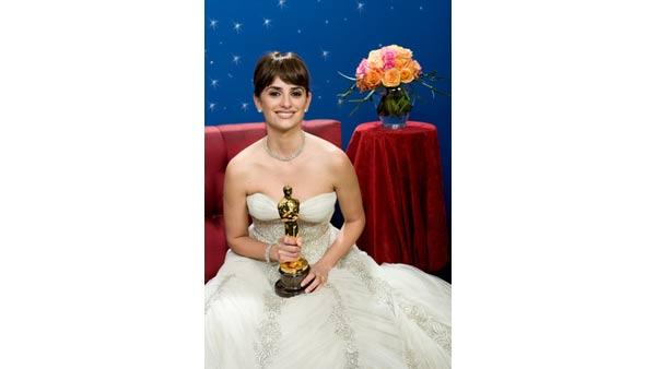 Oscar Winner Penelope Cruz backstage during the live ABC Telecast of the 81st Annual Academy Awards� from the Kodak Theatre, in Hollywood, CA Sunday, February 22, 2009.