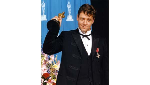 Russell Crowe wins 'Best Performance by an Actor in a Leading Role'.