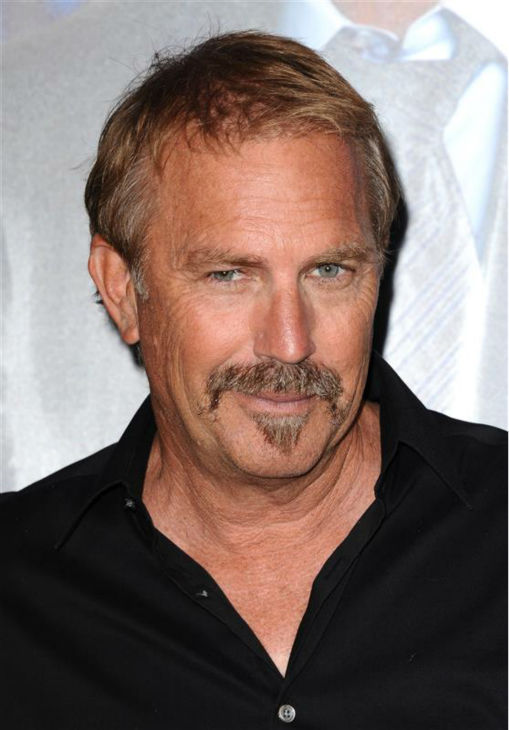 Kevin Costner is well-aware of how perfect Jennifer Garner&#39;s hair is.    &#40;Pictured: Kevin Costner appears at the premiere of &#39;Draft Day&#39; in Westwood, near Los Angeles, on April 7, 2014.&#41; <span class=meta>(Sara De Boer &#47; Startraksphoto.com)</span>