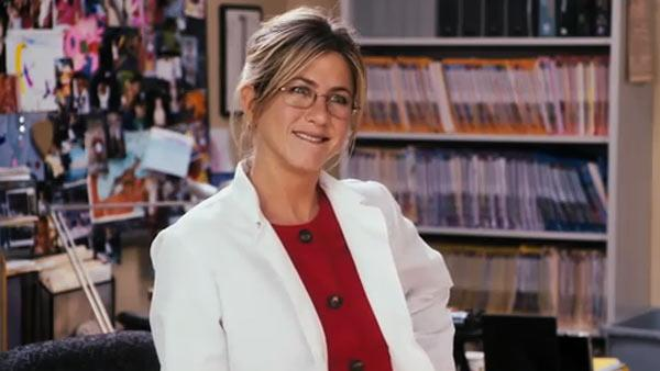 Jennifer Aniston appears in a scene from Just Go With It. - Provided courtesy of Happy Madison Productions