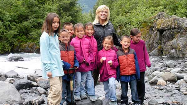 Kate Gosselin and her children in Alaska in October 2010. - Provided courtesy of TLC