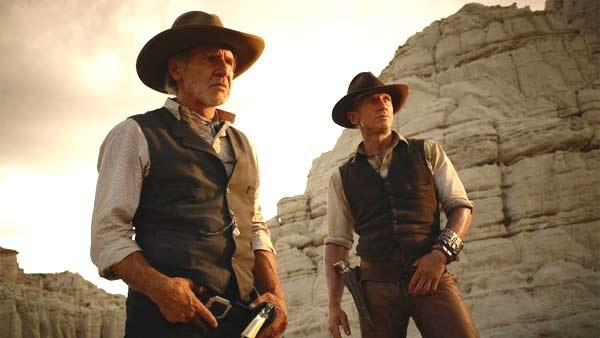 Harrison Ford and Daniel Craig in a scene from Cowboys and Aliens. - Provided courtesy of Dreamworks SKG