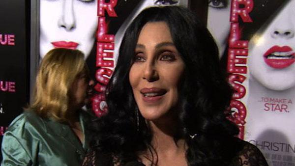 Cher is 'Mama Bear' of Burlesque' cast