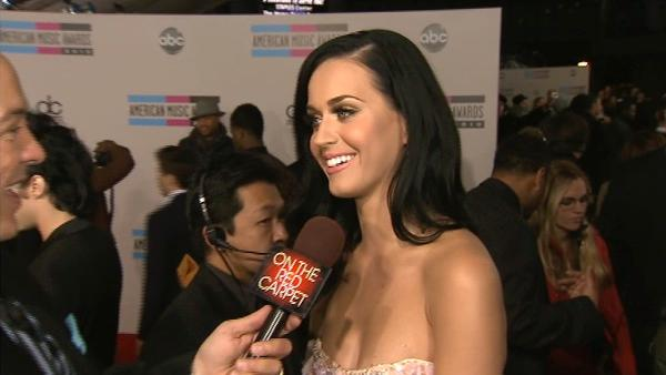 Katy Perry speaks to OnTheRedCarpet.com at the 2010 American Music Awards in Los Angeles. - Provided courtesy of OTRC