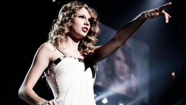 Pictured: Taylor Swift performing live in Houston Texas - Provided courtesy of taylorswift.com