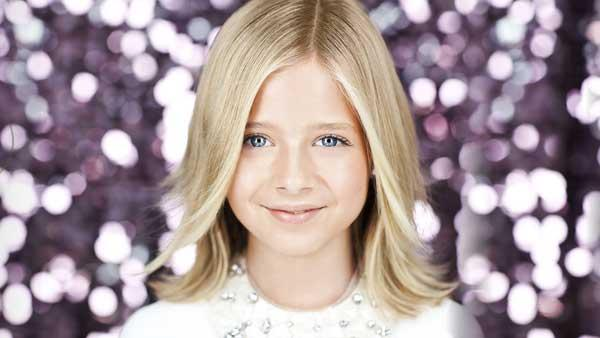 A promotional still from Jackie Evanchos official website. - Provided courtesy of Photo courtesy of jackieevancho.com