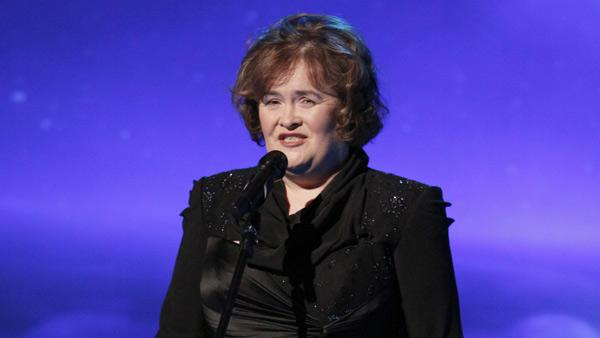 Susan Boyle performs on ABC talk show The View on Nov. 30, 2010. - Provided courtesy of ABC