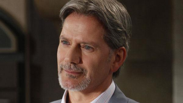 Campbell Scott in a still from Royal Pains playing the character Boris. - Provided courtesy of USA/Patrick Harbron