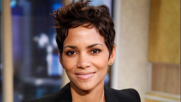 A promotional photo of Halle Berry during her Good Morning America appearance in New York City on Monday, Dec. 6, 2010. - Provided courtesy of ABC / Heidi Gutman