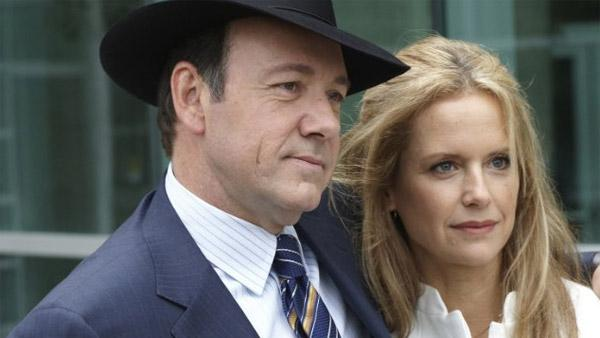 Kevin Spacey and Kelly Preston appear in a scene from the 2010 movie Casino Jack. - Provided courtesy of Rollercoaster Entertainment / An Olive Branch Productions / Vortex Words Pictures