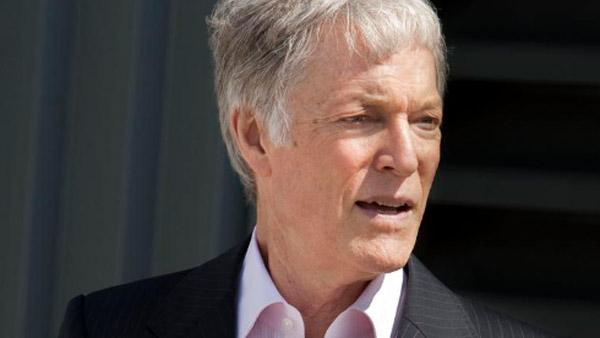 Richard Chamberlain appears in a scene from the series Leverage in 2010. - Provided courtesy of TNT