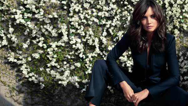 Katie Holmes poses in an ad for Ann Taylors 2011 spring collection. - Provided courtesy of Tom Munro / Ann Taylor