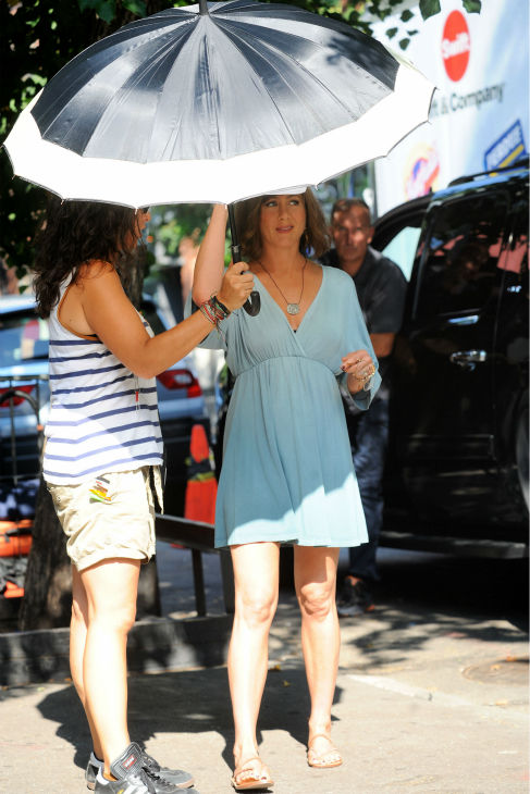 Jennifer Aniston wears a wig on the New York City set of the 2014 movie &#39;Squirrels To The Nuts&#39; on July 17, 2013. <span class=meta>(Ken Katz &#47; startraksphoto.com)</span>