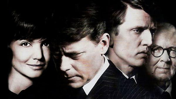 Katie Holmes, Greg Kinnear, Barry Pepper and Tom Wilkinson in a promotional photo for the 2011 miniseries The Kennedys. - Provided courtesy of Muse Entertainment Enterprises / Asylum Entertainment
