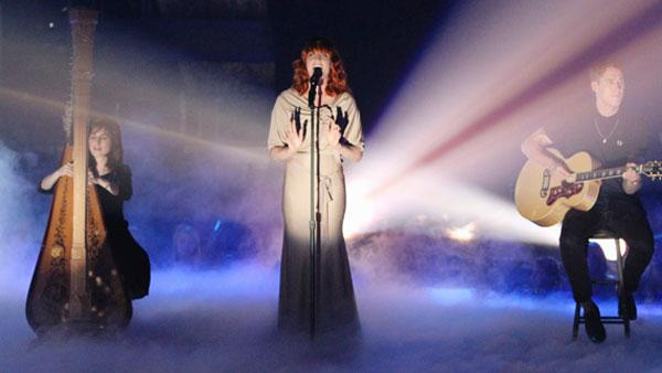 Florence and the Machine perform on Dancing With the Stars: The Results Show, Tuesday, Oct. 12, 2010. - Provided courtesy of ABC / Adam Larkey