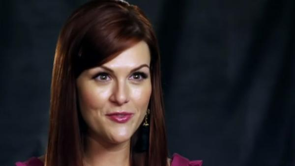 Host Sara Rue in a still from CWs Shedding for the Wedding. - Provided courtesy of Photo courtesy of CW