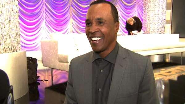 Sugar Ray Leonard shows off his 'DWTS' moves
