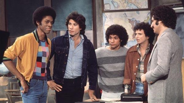 Lawrence Hilton-Jacobs, John Travolta, Robert Hegyes, Ron Palillo and Gabe Kaplan in a scene from Welcome Back Kotter in 1976. - Provided courtesy of ABC