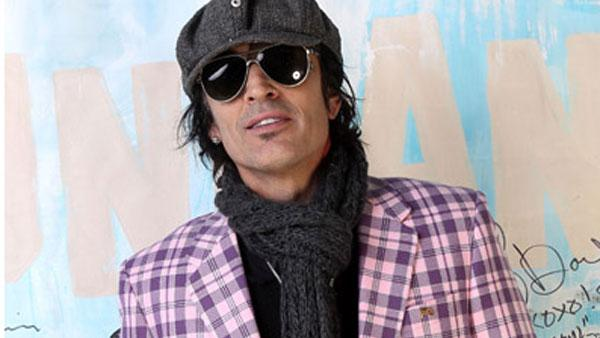 Tommy Lee appears in a photo posted on his Twitter page on Jan. 25, 2011.