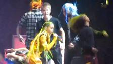 Justin Bieber pranks Willow Smith during a concert in Manchester in the United Kingdom on March 20, 2011. - Provided courtesy of youtube.com/user/BestofJBieber