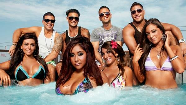 The cast of the Jersey Shore: Back To Jersey, JWoww, Ronnie, Pauly D, Snooki, The Situation, Deena, Ronnie and Sammi appear in a promotional photo. - Provided courtesy of MTV/Josh Kessler