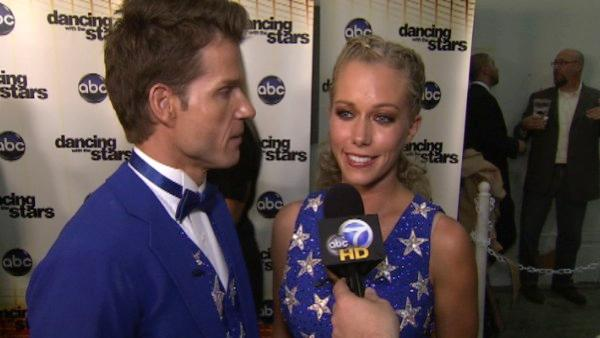 Kendra Wilkinson talks after 4th results show