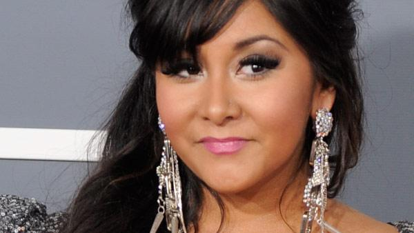 Nicole Snooki Polizzi arrives at the 53rd annual Grammy Awards on Sunday, Feb. 13, 2011, in Los Angeles. - Provided courtesy of AP / AP Photo/Chris Pizzello