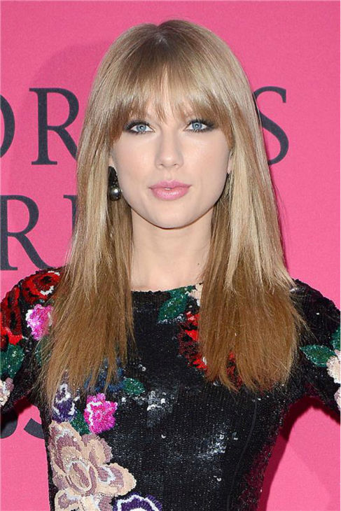 "<div class=""meta ""><span class=""caption-text "">Taylor Swift arrives at the 2013 Victoria's Secret Fashion Show at the Lexington Armory in New York on Nov. 13, 2013. (Amanda Schwab / Startraksphoto.com)</span></div>"