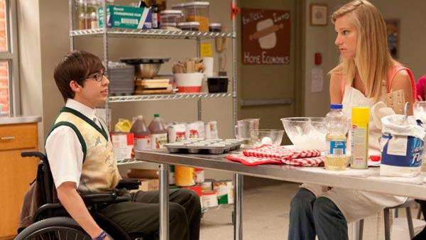 Heather Morris and Kevin McHale appears as Brittany S. Pierce and Artie in a scene for Glees second season. - Provided courtesy of Fox
