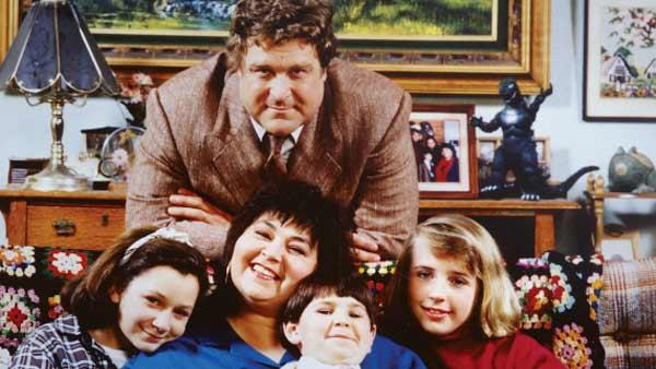 The cast of 'Roseanne' appears in an undated photo.