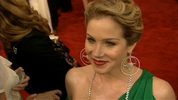 Christina Applegate talks to KABC at the 2010 SAG Awards.