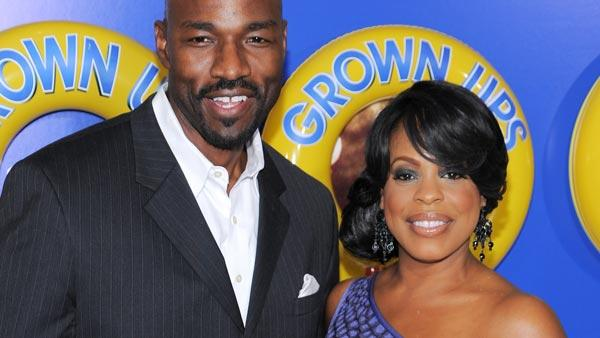 Actress Niecy Nash and boyfriend Jay Tucker attend the premiere of 'Grown Ups' at the Ziegfeld Theatre on Wednesday, June 23, 2010 in New York.